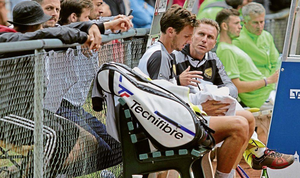 Trainer Marius Kur coacht hier Arthur Rinderknech. Eine Szene, zu der es auch am Sonntag in München während des Auswärtsspiels des Tennis-Bundesligisten TuS Sennelager beim TC Großhesselohe kommen könnte.