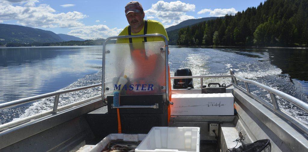 Sik: Gunnar Bråthen med sikfangst fra Strandefjorden i fjor.