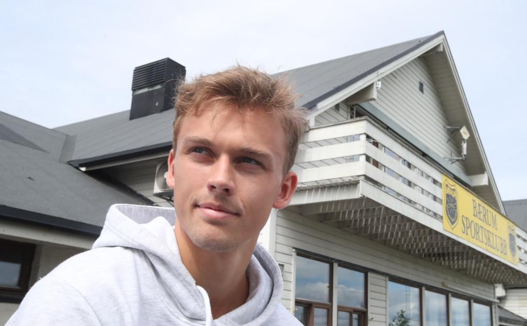 Sandvika stadion ble stedet der Emil Bohinen la grunnlaget for karrieren.