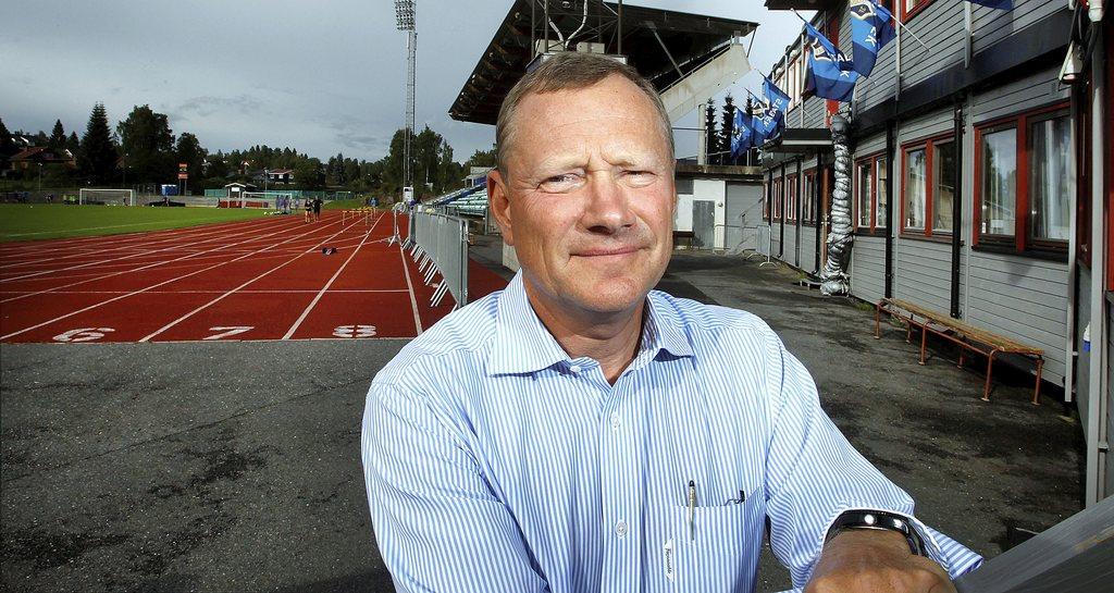 Anders Bergh-Jacobsen er styreleder i Stabæk Fotball AS. Han forteller at de kommer til å gjennomføre en emisjon i løpet av høsten.