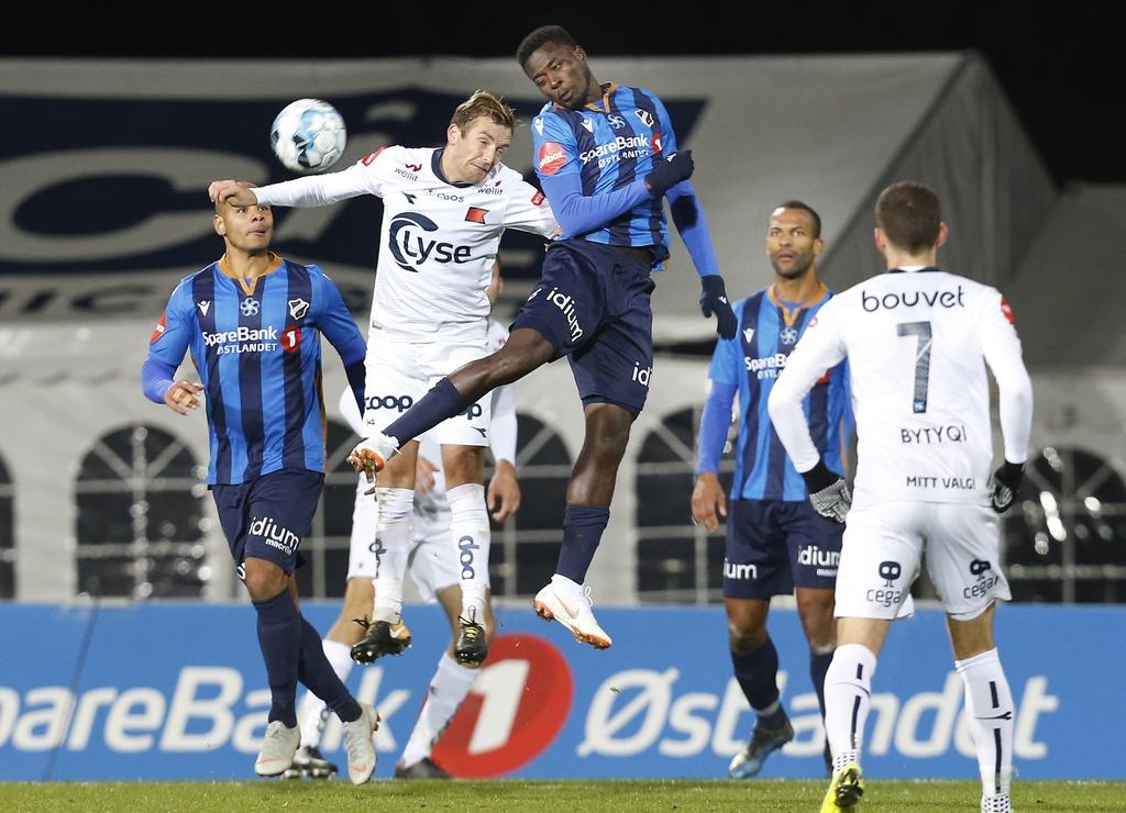 Stabæk Fotball og Luc Kassi svever høyt om dagen. Nå kan klubben trolig se frem mot et overskudd på rundt ti millioner kroner i 2019.