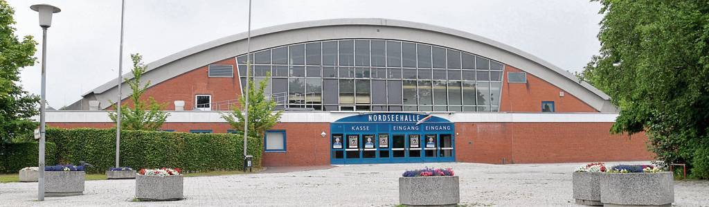Eigentlich ist die Nordseehalle Ende Dezember fest in der Hand der Emder Fußballfans. In diesem Jahr droht der Ausfall der Stadtmeisterschaften. BILD: HINRICH WILKEN