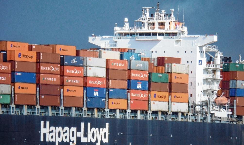 Hapag-Lloyd hat seit 2015 keine neuen Schiffe mehr bestellt und stattdessen die Schulden reduziert. Nun sieht der Vorstand die Zeit gekommen, um bald wieder in die Flotte zu investieren. Imago