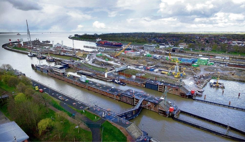 Teure Baustelle: Die Kosten für die fünfte Schleuse in Brunsbüttel steigen von 830 Millionen Euro auf 1,2 Milliarden.  C. Rehder/dpa