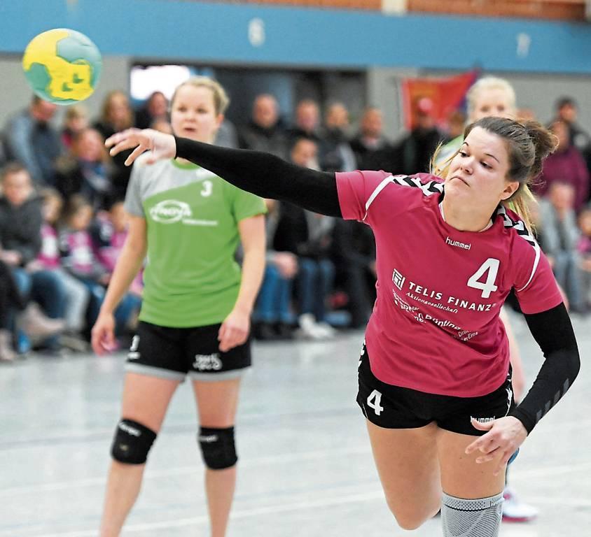 Miriam Korn ist auch in dieser Saison die Top-Torjägerin des MTV Wittmund. Am Samstag  in Larrelt gingen neun Tore auf ihr Konto.   Archivbild: Dennis Maslo