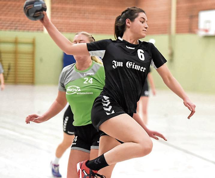 Nives-Anna Ciach erzielte drei Treffer für Wittmund gegen Holterfehn.BILD: Christoph Sahler