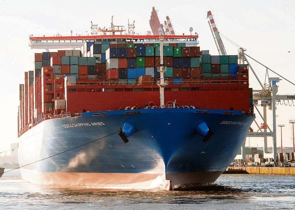 Containerschiffe gelten als große Umweltverschmutzer.dpa
