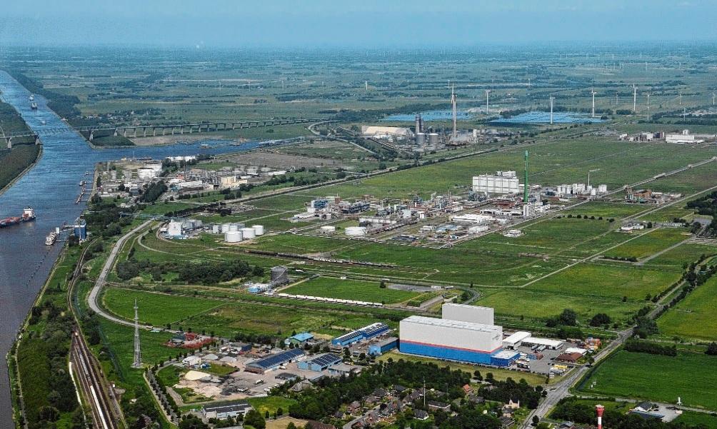 Schleswig-Holsteins größtes Industriegebiet liegt an der Schnittstelle von Elbe und Nord-Ostsee-Kanal.  Egeb