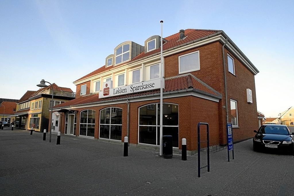 Først i februar 2009 blev Løkken Sparekasses bestyrelse usikker på bankens store udlånskunder.?Arkivfoto: Henrik Louis