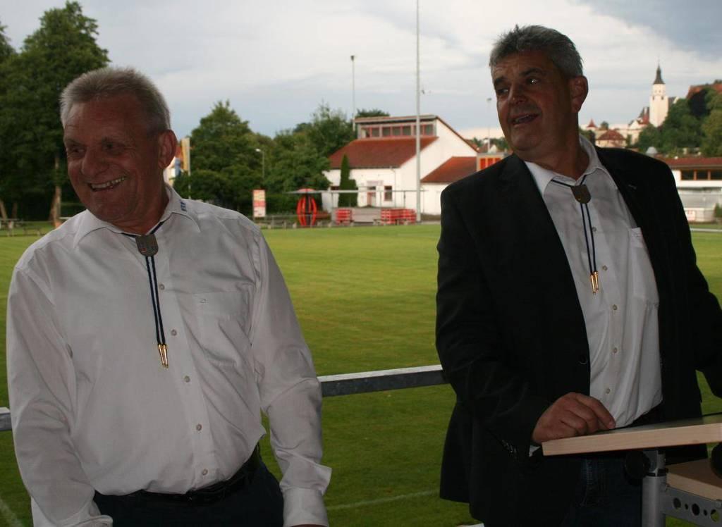 Uli Hennes (rechts) übernimmt das Amt des VAN-Präsidenten von Siegfried Burgermeister. (Foto: Jonas Grathwohl)