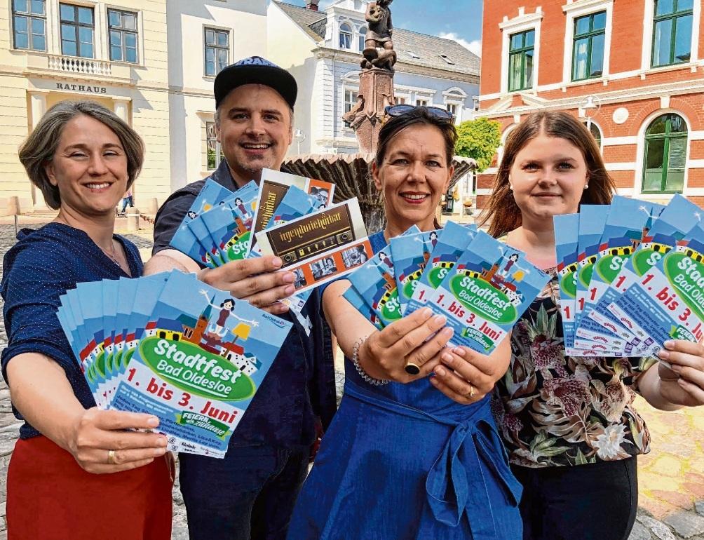 Bereit für das Stadtfest: (v. li.) Inken Kautter, Patrick Niemeier, Christine Tiedemann und Chiara Niebuhr.Olbertz