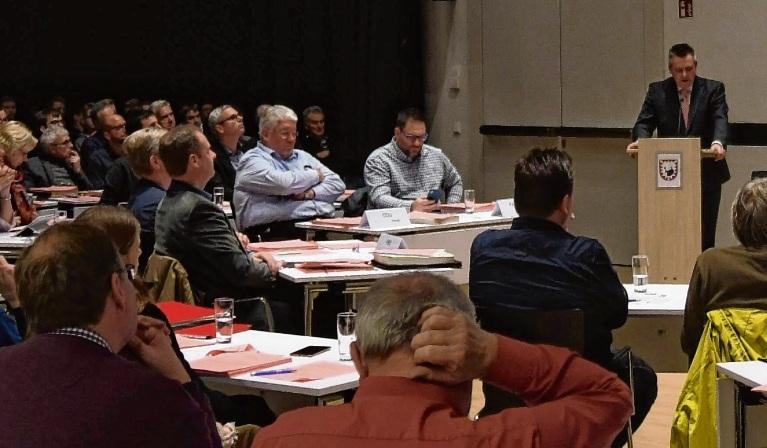 Nach dem Ausschuss stimmten auch die Stadtverordneten nun der Neuausschreibung der Stelle  zu.Niemeier