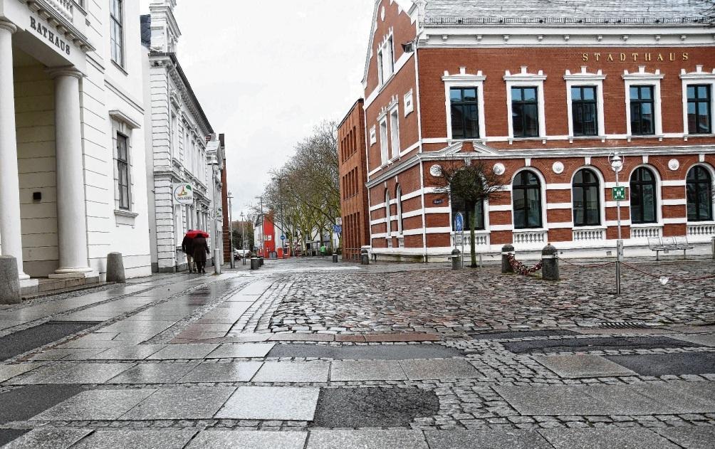 Flickenteppich: Die Hagenstraße  am Marktplatz. Nie
