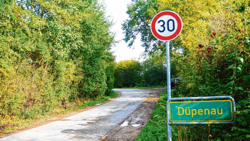 Halten sich Fahrer an die 30 Zone?  Andere Lösungen gibt es für die Düpenau bisher nicht. Nie