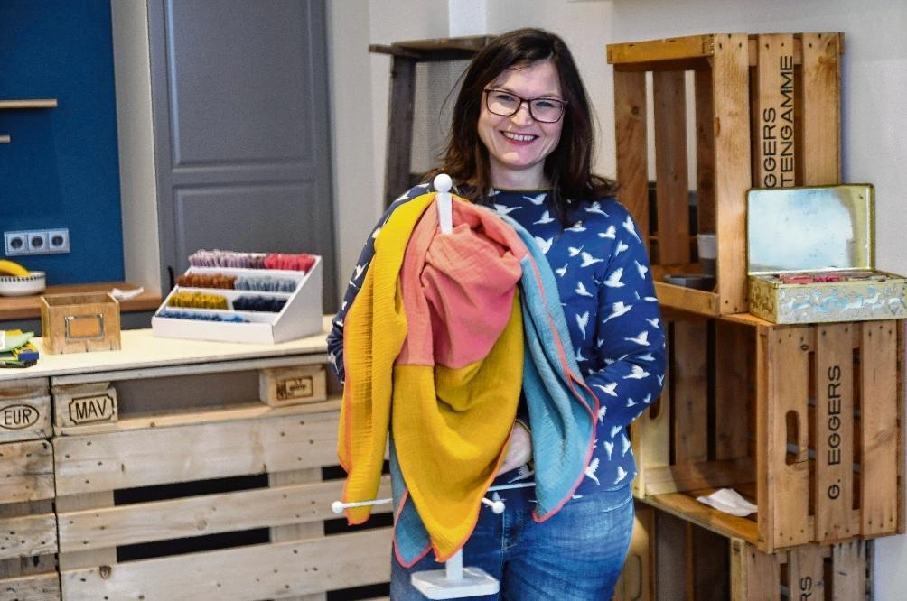 Startbereit: Daniela Frackmann richtet ihren Laden ein. Nie