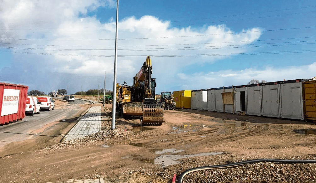 Die ersten, bereits genehmigten Baumaßnahmen  im neuen Gewerbegebiet Teichkoppel sind bereits gestartet. Niemeier