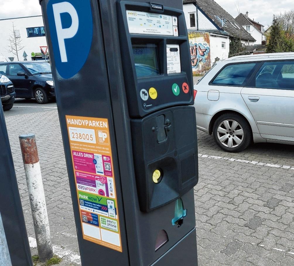 Parkautomat mit der Info für das Handyparken.Niemeier