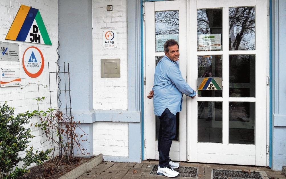 Die Oldesloer Jugendherberge musste vorübergehend geschlossen werden, aber René Petzold möchte  die Türen bald wieder öffnen.