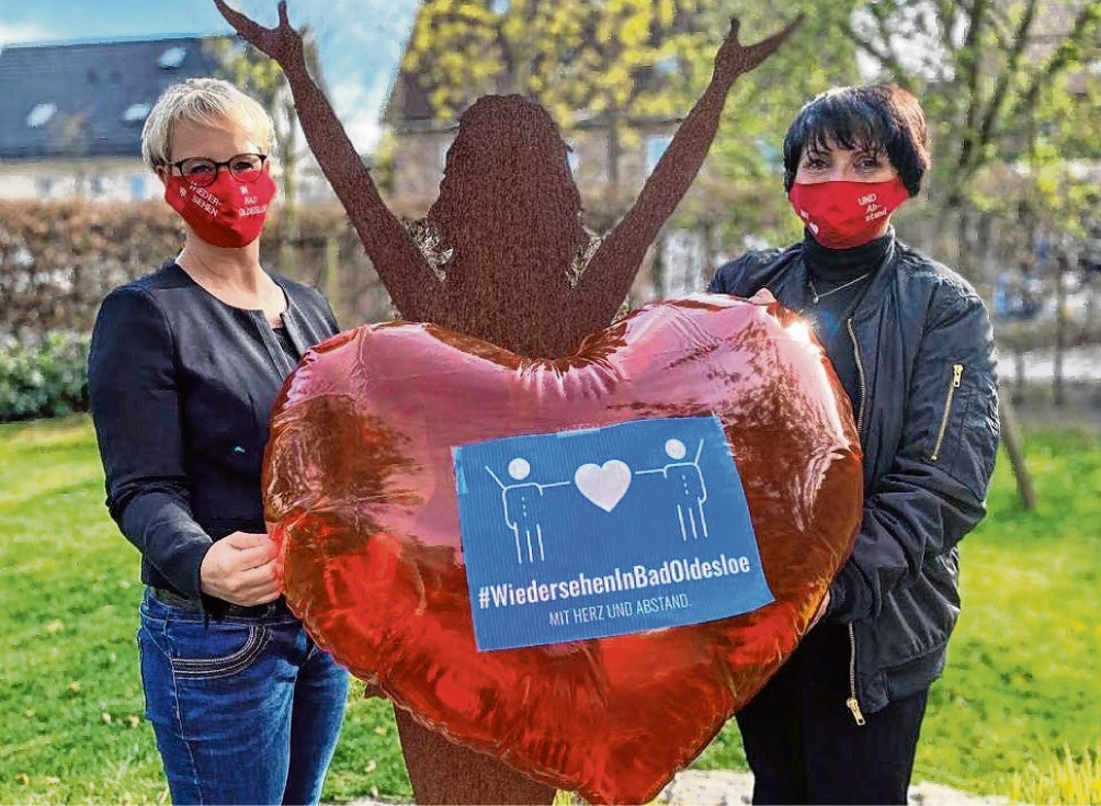 """Hatten die Idee für die neue Kampagne: """"#Wiedersehen in Bad Oldesloe"""": Nicole Brandstetter und Angela Dittmar. st"""