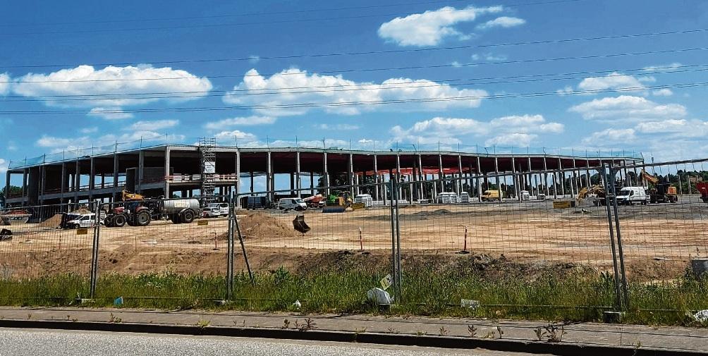 Die Bauarbeiten für das Amazongebäude schreiten weiter voranNiemeier