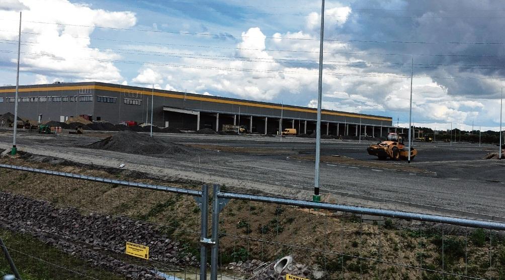 Auf der Baustelle läuft alles nach Plan: Ende August soll das Gebäude  samt Büroräumen und Außenbereich fertiggestellt sein. Link