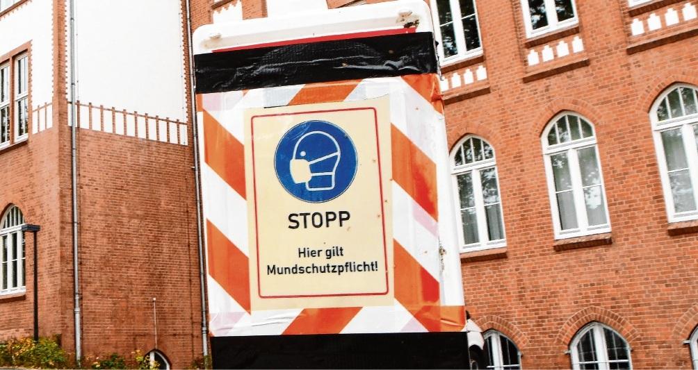 Hinweis auf Mund-Nasen-Schutzpflicht in Bad Oldelsoe. Patrick Niemeier