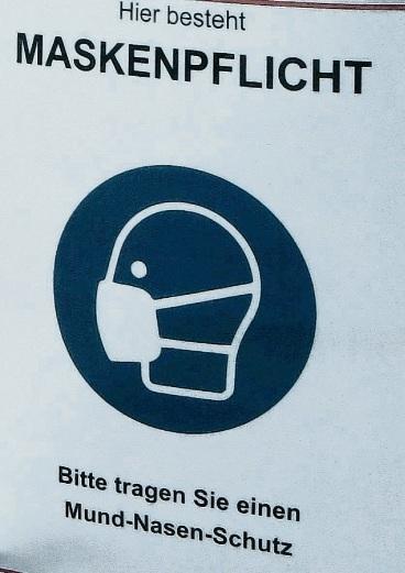 Hinweis auf die Maskenpflicht im Kreis Stormarn.  Patrick Niemeier
