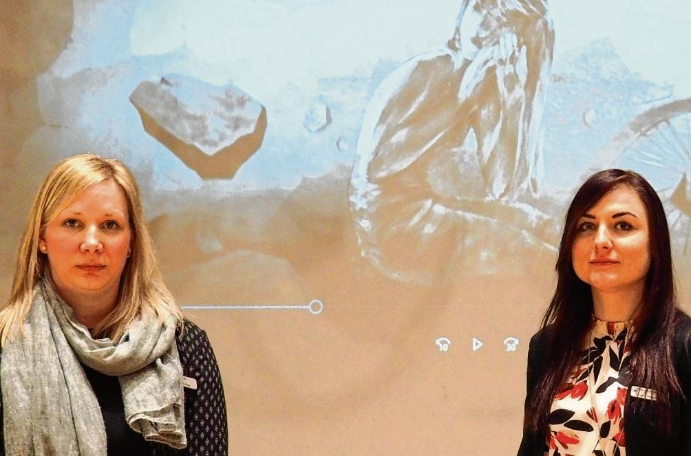 Hatten die Idee zu dem Film: Anna Plog (links) und Celina Höffgen.  Susanne Rohde-Posern