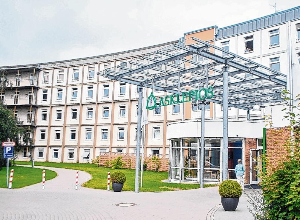 Die Bad Oldesloer Asklepios-Klinik: Besucher sind unter Auflagen wieder erlaubt.  Patrick Niemeier