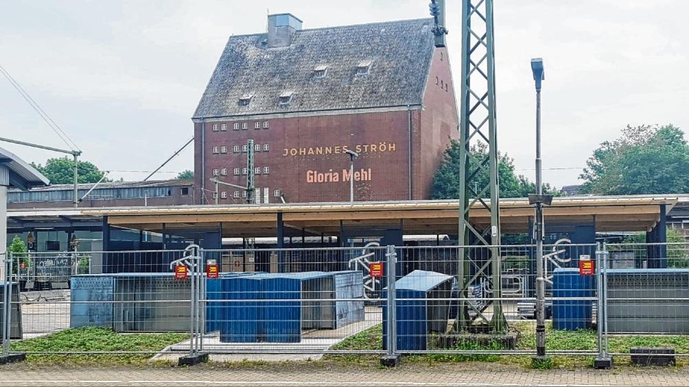 Der Bau des Radhauses ist insgesamt schon weiter fortgeschritten.  Patrick Niemeier