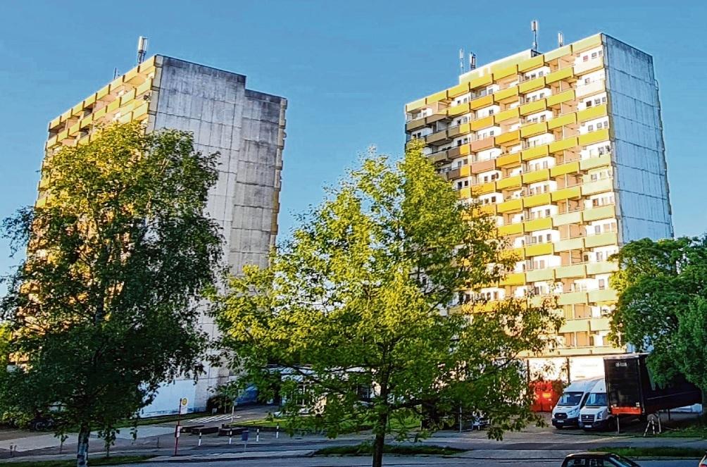 Die beiden Hochhäuser stehen in der Mitte des Quartiers und sind stadtbildprägend.  Patrick Niemeier