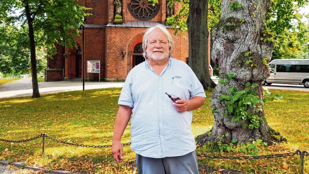 Jahrzehnte im Dienst der ev. Kirche Bad Oldesloe und der Menschen: Pastor Volker Hagge.  Susanne Rohde