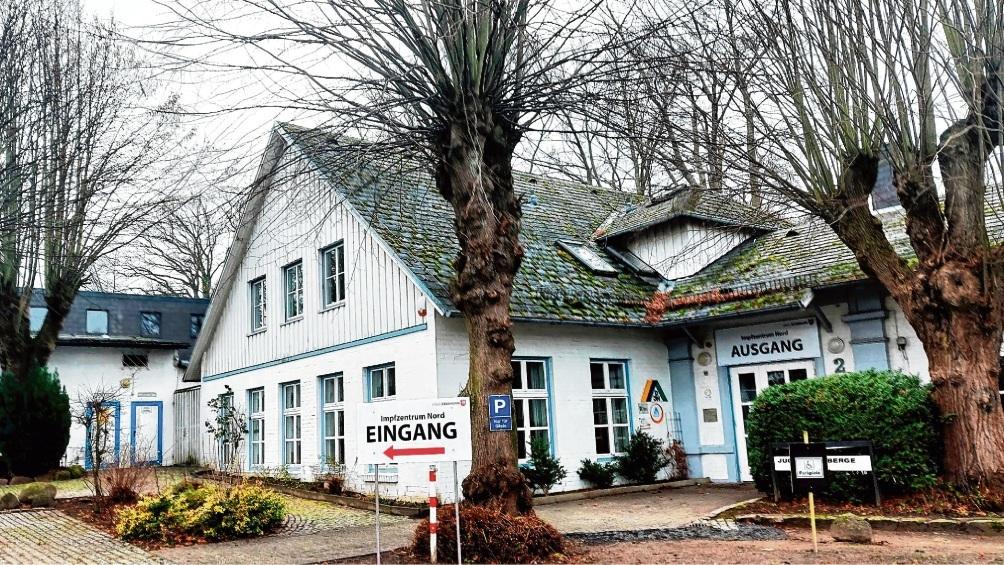 Das Bad Oldesloer Impfzentrum in der Jugendherberge am Konrad-Adenauer-Ring Foto: Patrick Niemeier  Patrick Niemeier