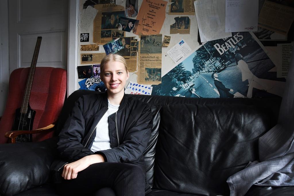 EGEN MUSIKK: – Det er en sang jeg har jobba med ganske lenge. Det blir spennende å gi den ut, men det er også deilig å endelig være ferdig, sier Anne Fagermo. FOTO: ANNE-LISE SURTEVJU