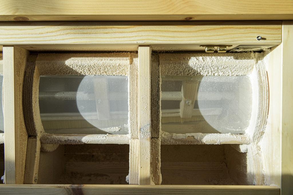 L Myllyn sihtien mukaan säädellään valmiin jauhon karkeusastetta.
