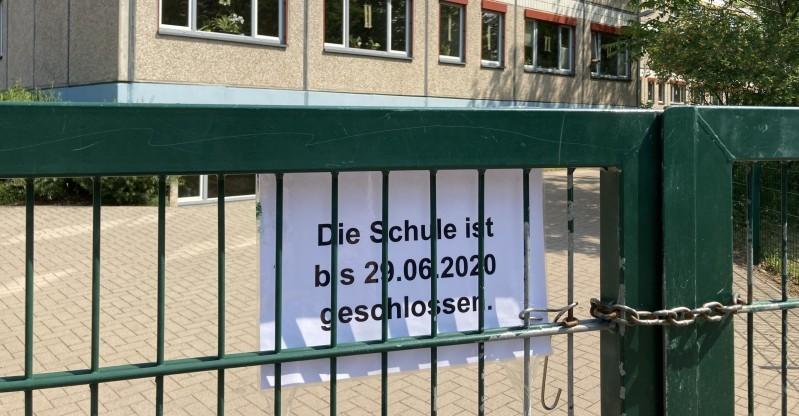 Noch bis Montag ist die Schule an der Sankt-Josef-Straße geschlossen. Foto: Marco Papritz
