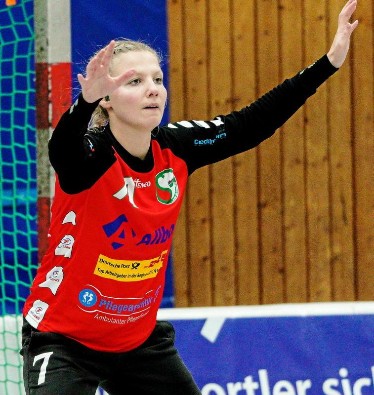 Torfrau Julia Sorg sicherte der SGÜ zwei Punkte.                                              <b>Michael Gohl</b>