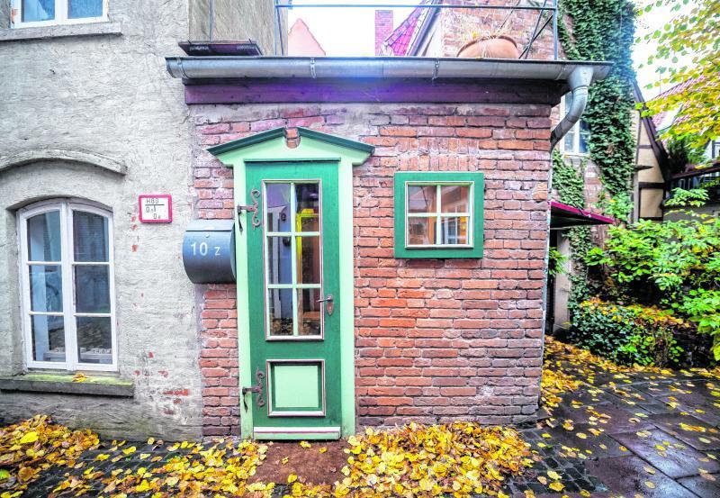 So sieht es aus, das kleinste Haus Bremens. Viel Platz ist in diesem Mini-Haus nicht. Doch viele Leute haben Interesse daran, es zu kaufen.