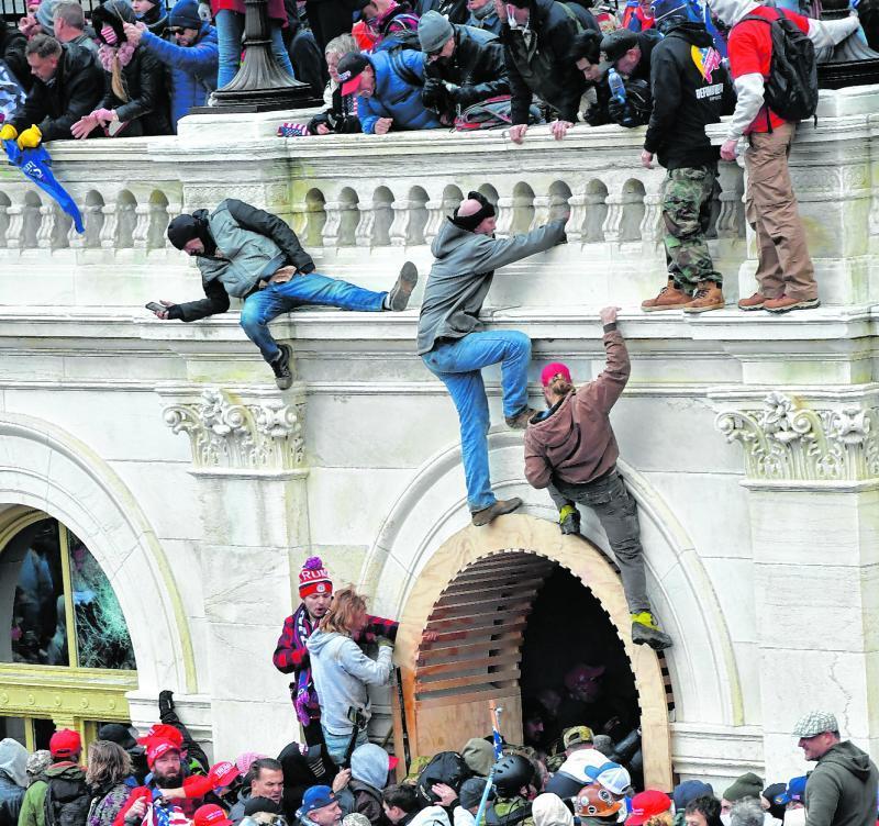 Gewalttätig: Fans von Präsident Donald Trump.