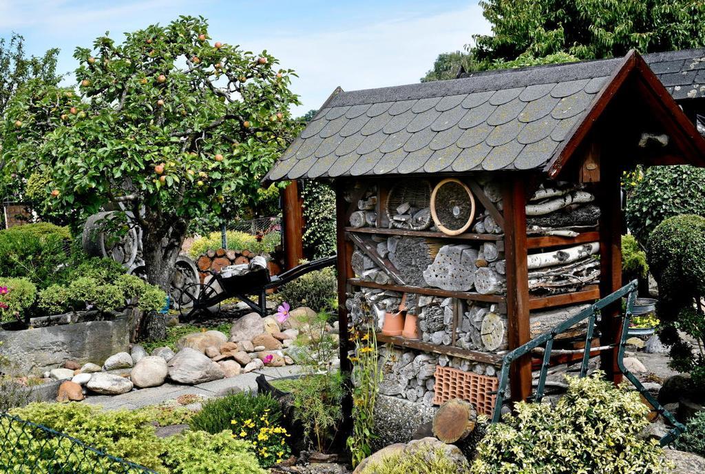 Idyllische Einblicke im Kleingartenverein An der Schreiberheide. <b>Fotos: LARS LANDMANN</b>                                              regios24