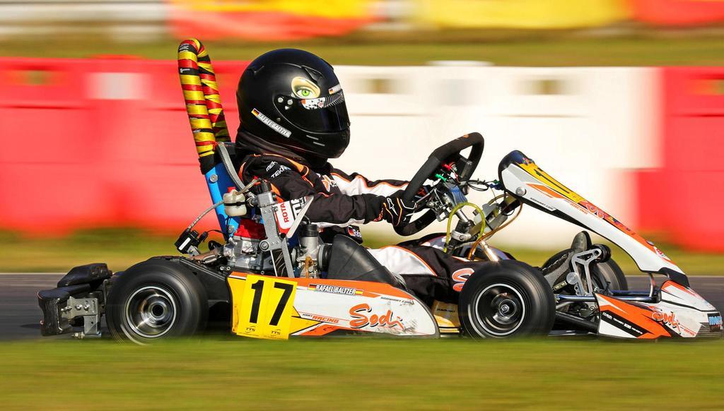 Der elfjährige Rafael Baltzer aus Ennepetal sichert sich in Wittgenborn die Deutsche Meisterschaft im Kartfahren im Micro-Klassement – damit löst er das Ticket fürs Weltfinale.                                              <b>Verein / Oliver Czubaszek</b>